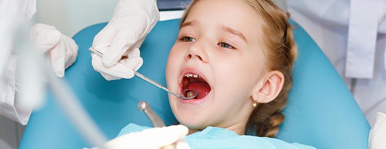 Cu copilul de dentist