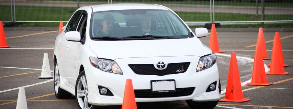 Scoala soferi – Ce sa intampla la prima lectie de condus